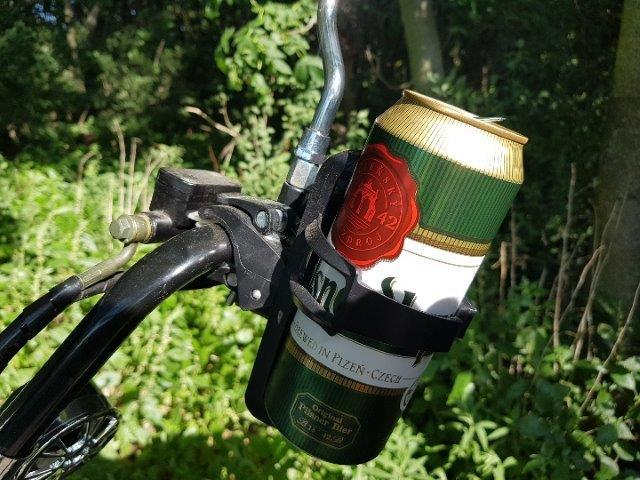 Universal bottle holder