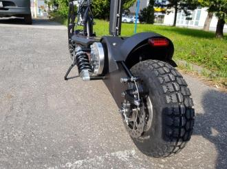 "Electric scooter 11 10"" 1000W 38 km / h - 30 km lead DES06-C1"