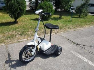 Electric tricycle 11 T6-1