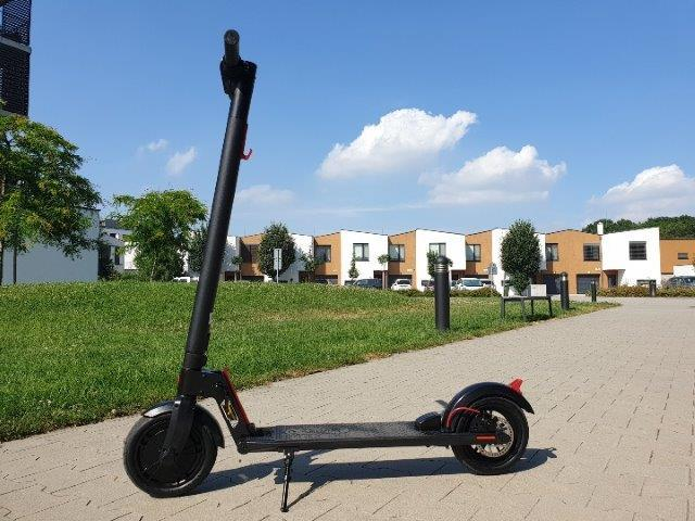 "2 Electric scooter GOFUNSPORT 8,5"" Lith. Bat. 30km/h 20km"